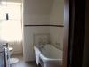 room-9-bath